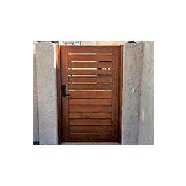 Puertas de Entrada y de Exterior de Madera:  Mod. Alvis
