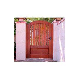 Puertas de Entrada y de Exterior de Madera:  Mod. Chevy