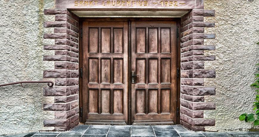 ¿Conoces las puertas de madera antiguas más famosas?