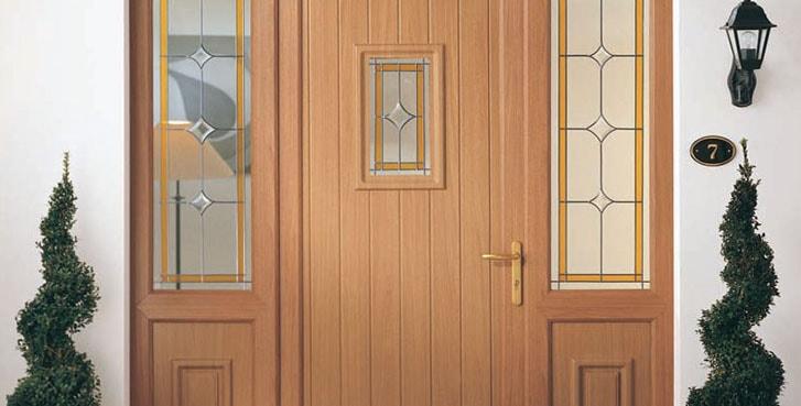 Puertas exterior pvc color madera for Puertas de pvc para exterior precios